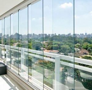 Akdeniz Metal Folding Glass Balcony Systems
