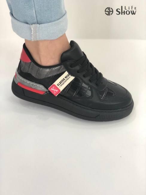 Showlife women sneakers sizes 36-4