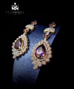 Unbelievable earring  incredible c