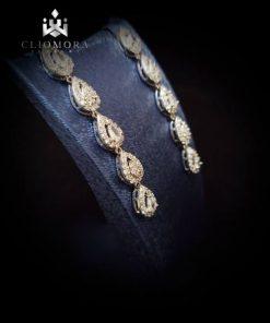 Luxury earnings breathtaking cliom